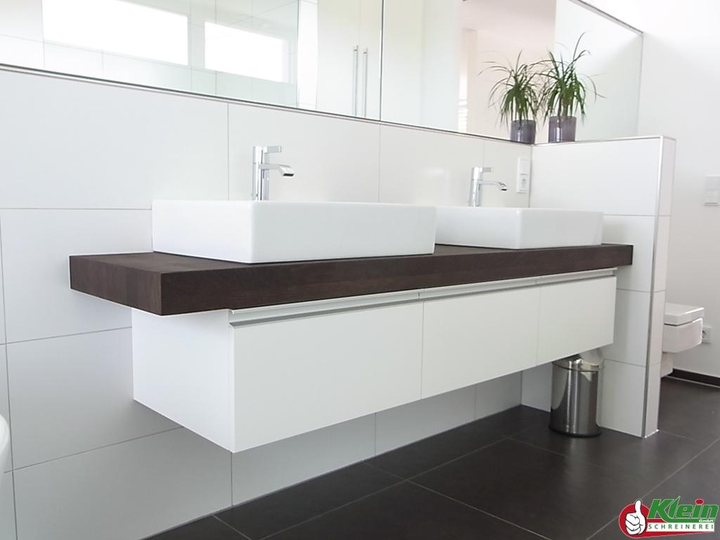 Autaki s wc modern design